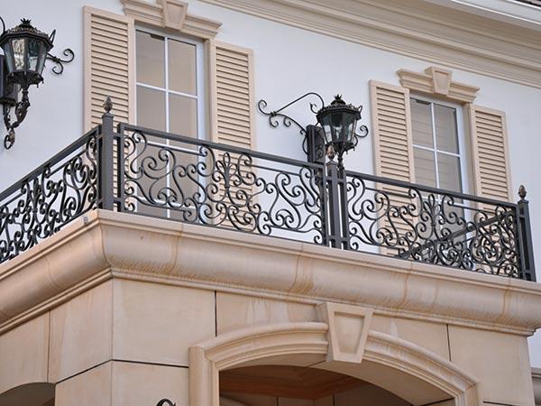Parapetti balconi monza brianza balaustre scale acciaio - Ringhiere in ferro battuto per balconi esterni ...