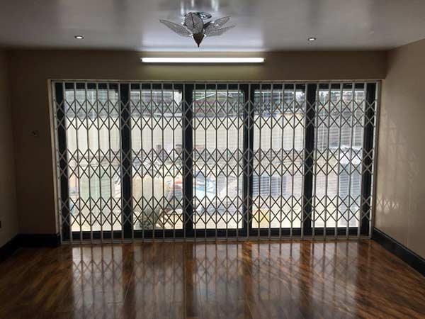 Inferriate a scomparsa monza brianza produzione grate - Grate finestre prezzi ...