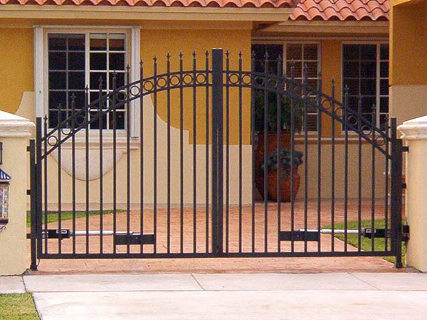 installazione-cancello-battente-carrabile-monza-brianza
